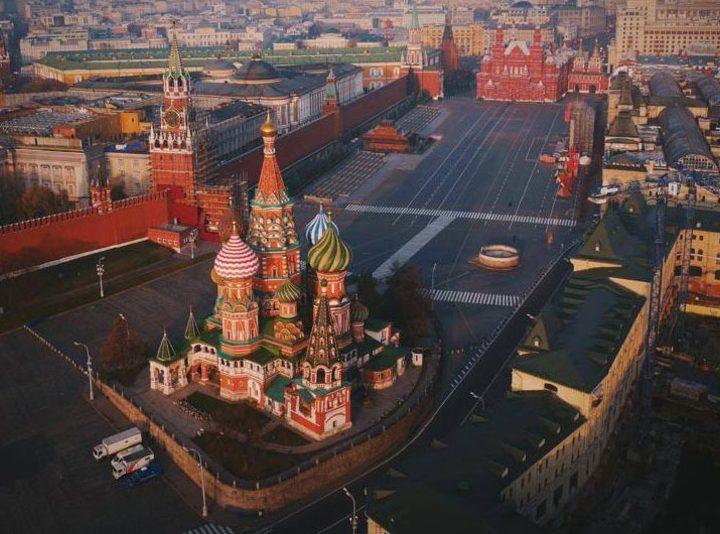 Иностранный фотограф поднял квадрокоптер над Кремлем